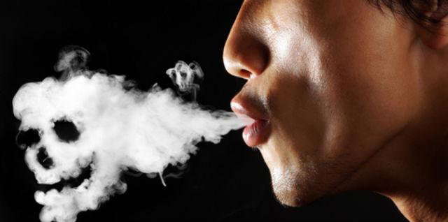 Resultado de imagen para imagenes fumadores