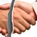 Desvincular los seguros asociados a las hipotecas de una vez por todas