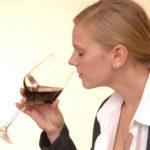 Parece que el vaso de vino al día ya no es un seguro de vida
